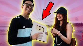 MODUSIN CEWEK PAKE GOLD PLAY BUTTON! UNBOXING GOLD PLAY BUTTON!!