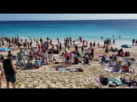Christmas Day At Elbow Beach, December 25 2018