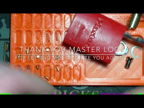 Взлом отмычками Masterlock 6835  Humiliating a Master Lock 6835 (125)