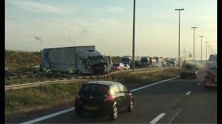 E19 richting Antwerpen volledig dicht tussen Brecht en Loenhout door ongeval met vrachtwagen