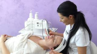 Mezoterapia bezigłowa HC3 Clinical Care podczas pokazu w Smile&Beauty