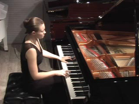 Anna Shelest plays Mozart Sonata in B-flat K 281 1/3