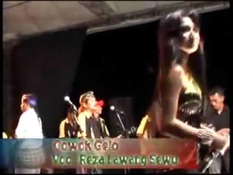 REZA LAWANG SEWU - COWOK GELO Dangdut Koplo Hot 2014