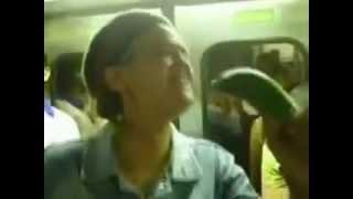 La cindy en el metro reggaeton