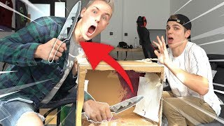 WHATS in the BOX CHALLENGE.. EXTREM (mitm Messer un' so)