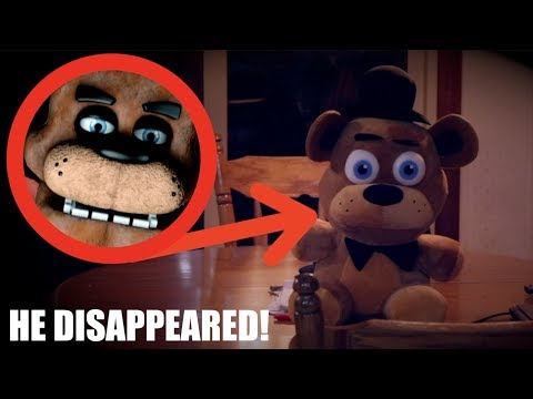 FREDDY FAZBEAR'S IN OUR HOUSE! *Real Life Five Nights At Freddys*