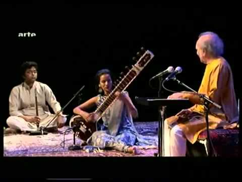 Sitar Legend PtRavi Shankar & his lovely Daughter AnoushkaYouTube mp4