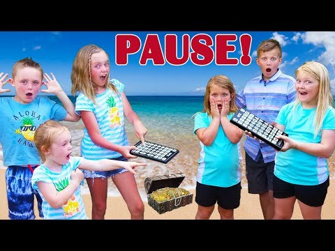 Pause Challenge! Kids Fun TV VS Shot of the Yeagers! Team Up Overseas in Hawaii!