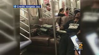 Straphanger Brings Sofa Onto NYC Subway