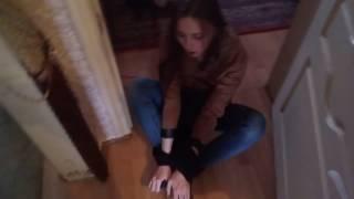 Как девушку связали скотчем видео действительно