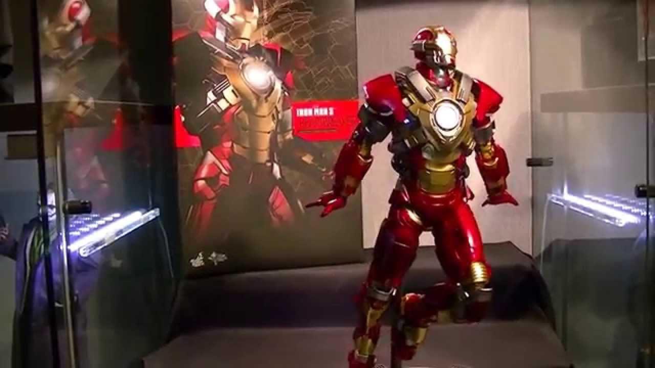 Hot Toys MMS 212 Iron Man 3 Mark XVII 17 Heartbreaker 12 inch Action Figure NEW
