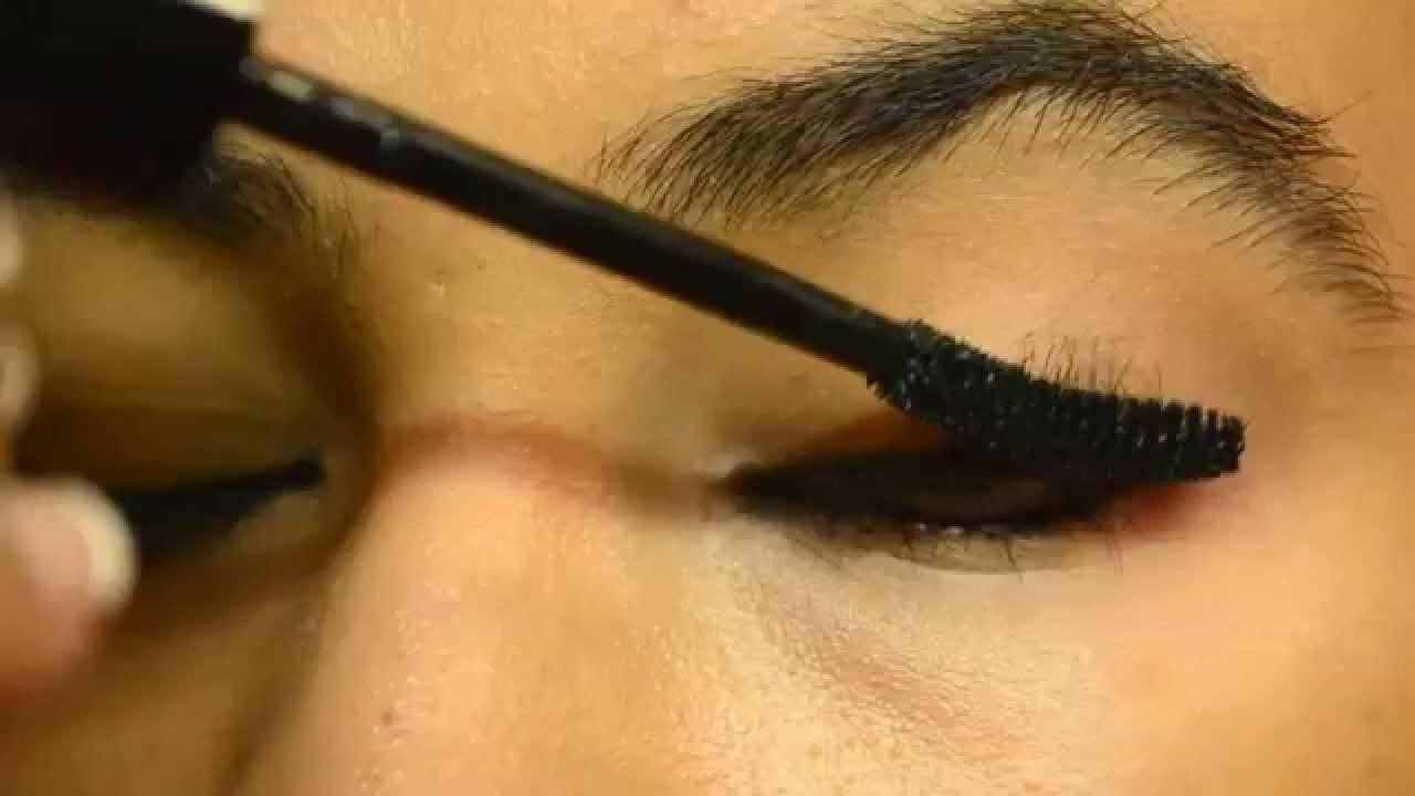 e5d8755cbbd Lakme eyeconic Kajal + Mascara review - YouTube