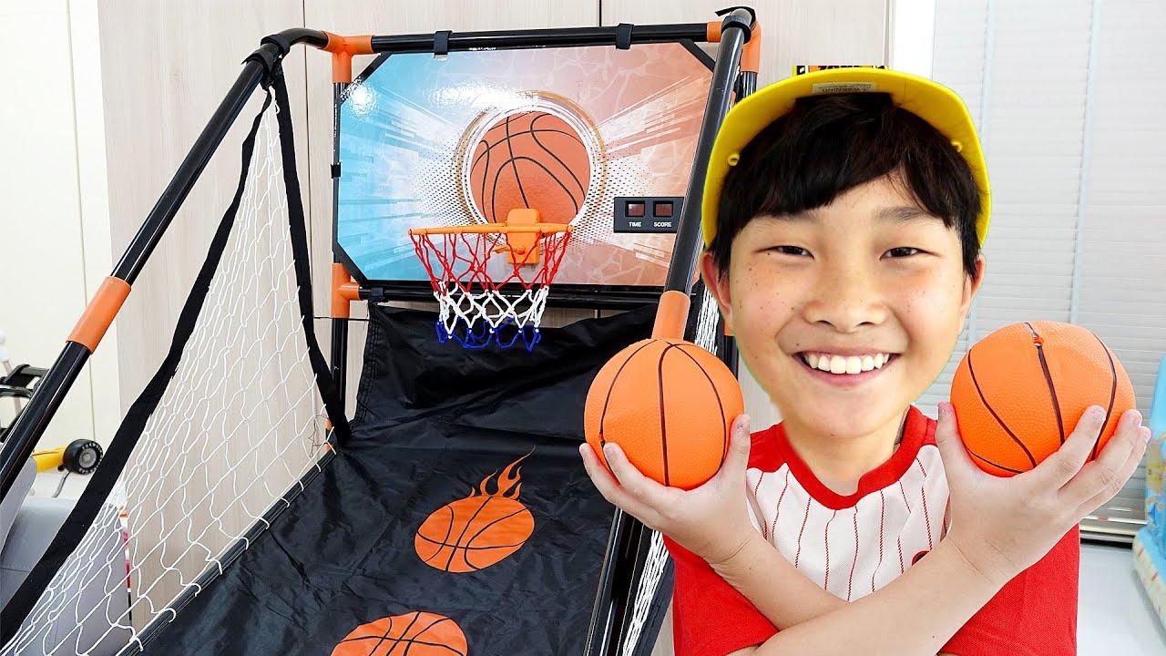 예준이의 장난감 대결놀이 트럭 자동차 장난감 집 놀이터 New Toys Activity with Truck Car Toy