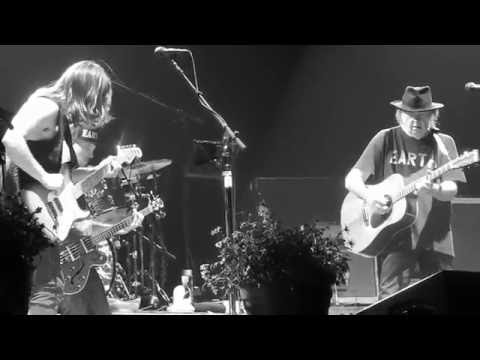 Here we are in the Years - NEIL YOUNG + POTR live@Ziggodome 9-7-2016