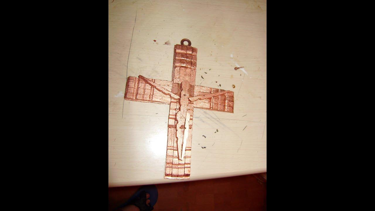 Como hacer un crucifijo con pinzas de madera 2 de 2 youtube - Como cerrar un terreno con madera ...