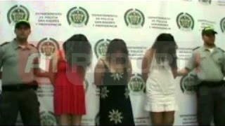 Kolumbi, kapen tre gra të veshura  si murgesha, trafikonin drogë