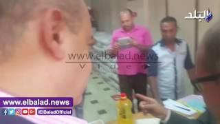 علاء أبو زيد يستمع لآراء المواطنين حول مبادرة 'مطروح تحارب الغلاء'.. بالفيديو