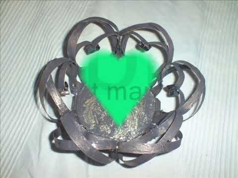 objets fabriqu s avec des bo tes de conserve par maria d 39 allemagne youtube. Black Bedroom Furniture Sets. Home Design Ideas