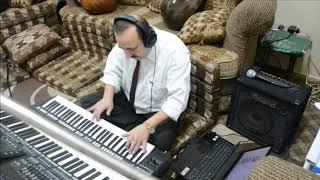 عزف اورغ - يحسب الدنيا بكيفه طلال سلامة