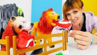Видео для детей. Веселая Школа. Строим зоопарк.