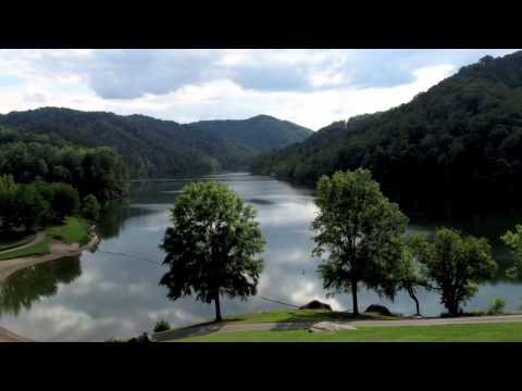 "Elvis Presley - "" Kentucky Rain "" - ( Images of Kentucky - USA )"