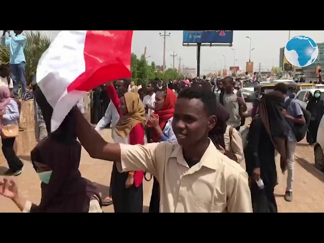 Hundreds of Sudanese march in rallies for 'martyrs'