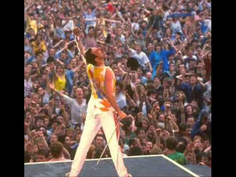 Queen - The show must go on (with lyrics)