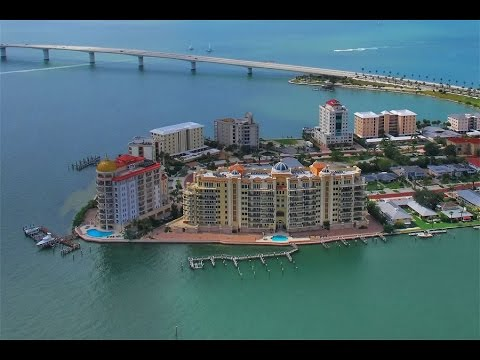 Luxury Waterfront Penthouse in Sarasota, Florida