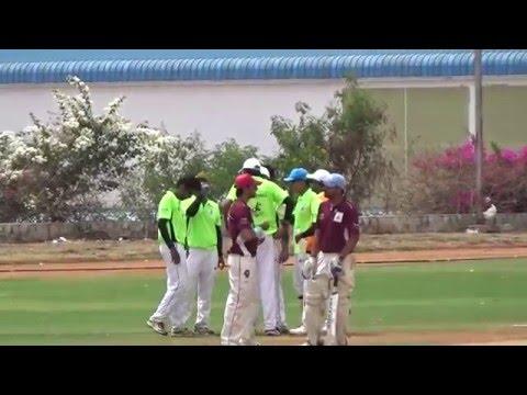 Mandar Super Sixes Cup 2016: D1M4 @ BGS Global - Bangalore Royales Vs Ahmedabad Avangers