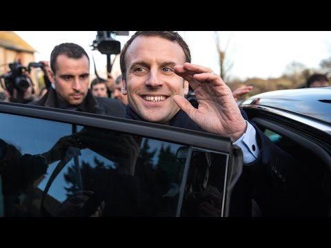 Macron Leads Le Pen in New French Election Poll