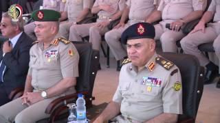 وزير الدفاع يشهد حفل تخريج الدفعة 150 من كلية الضباط الاحتياط.. فيديو