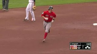 BOS@BAL: Holt's homer gives Red Sox the early lead