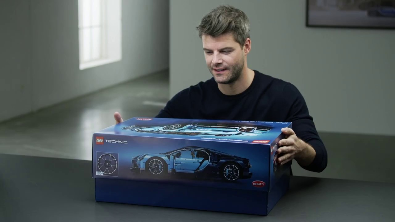Lego Bugatti Chiron 42083 Official Designer Video Youtube