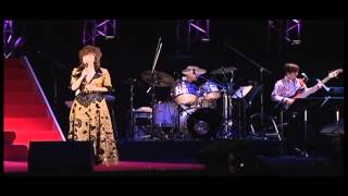 山本リンダ45周年記念ライブ「愛に生きて」