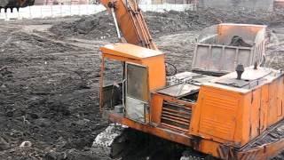 "Old soviet russian excavator EO-4121. Start n doin"" job."