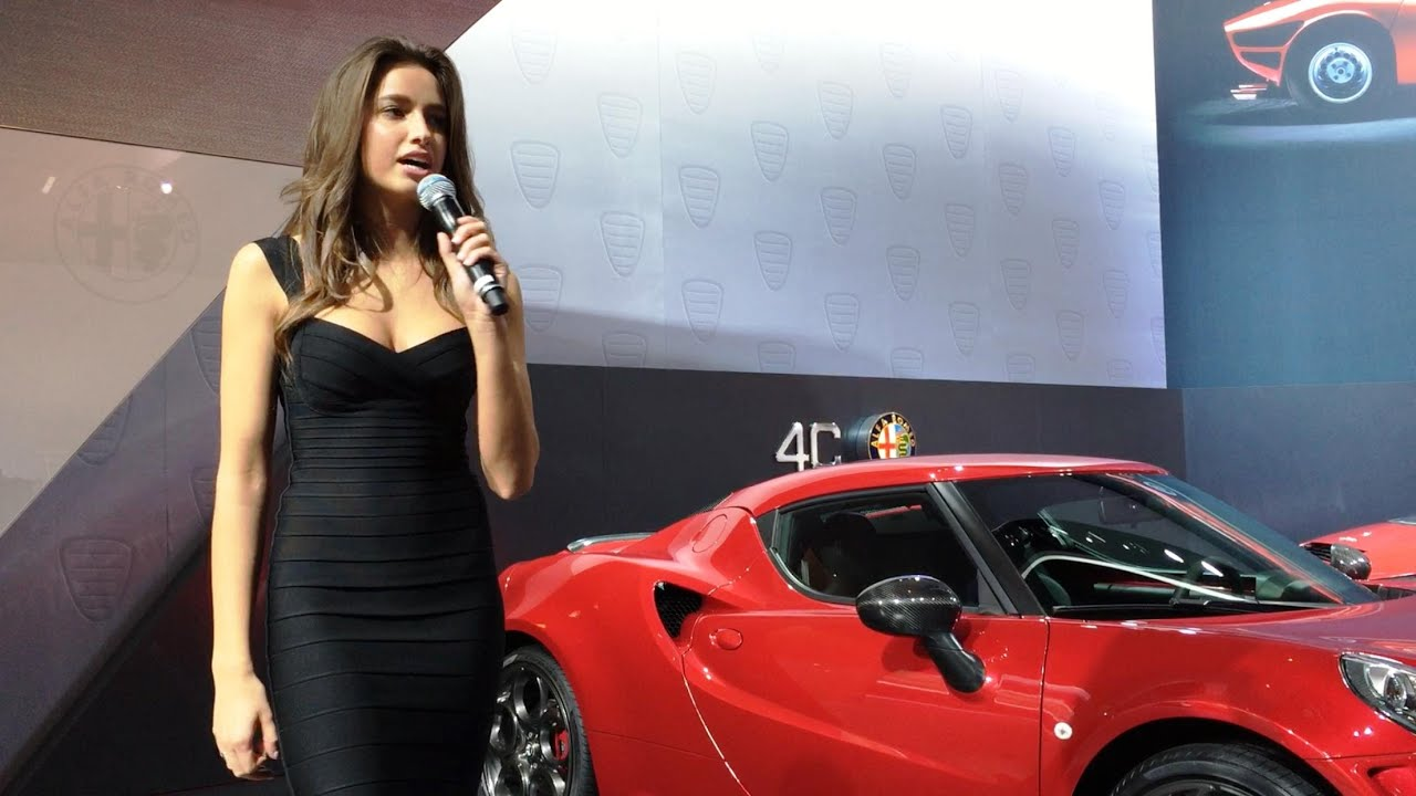 The Hottest Woman In The World Plus Some Footage Of The Alfa Romeo - Alfa romeo model