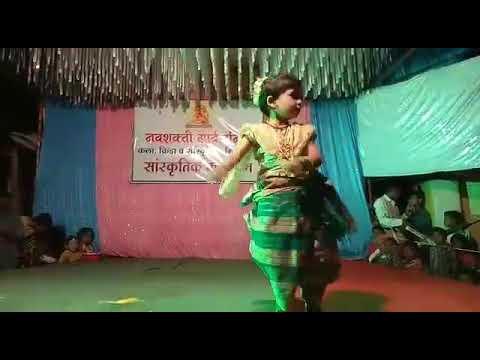 मी हाय कोली - लहान मुलीचा सुपर डान्स   mi hay koli song var super dance