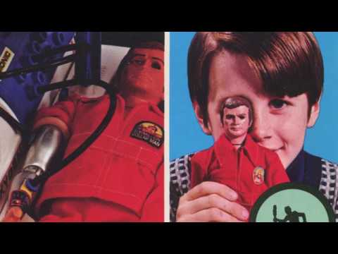 Kenner '77 Catalog Featuring Toys From The Six Million Dollar Man