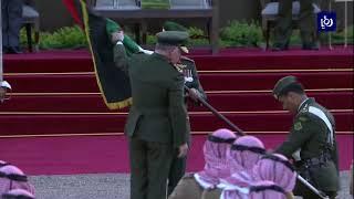 جلالة الملك وسلطان بروناي يشهدان احتفال استعراض العلم وتسليم الراية  - (4-10-2018)