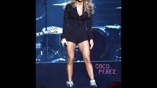 Carrie Underwood CMA Performance 2013: Legs Star At CMA Awards 2013