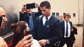 Криштиану Роналду довел до слез туринскую фанатку - Viva Ronaldo