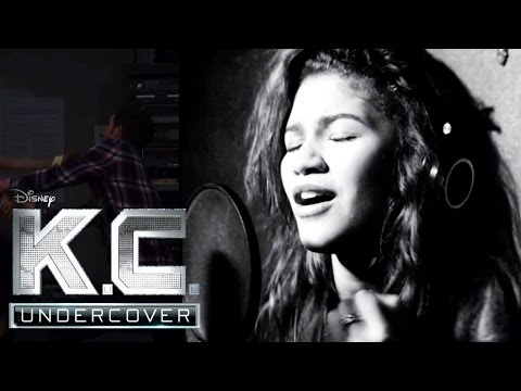 KC UNDERCOVER - Keep it Undercover - Soundtrack zur neuen Serie im DISNEY CHANNEL