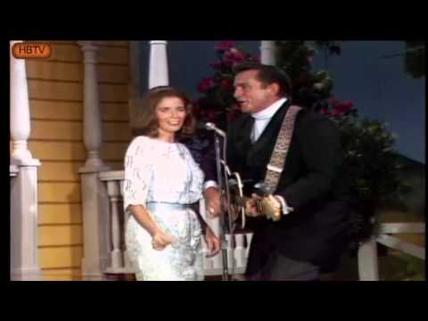 Johnny Cash  June Carter live on stage 1968