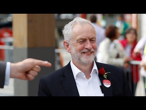 Glastonbury crowd chant 'Oh, Jeremy Corbyn' at silent disco