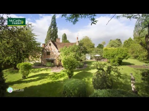 Beautifully restored UK Country House For Sale in Berkshire