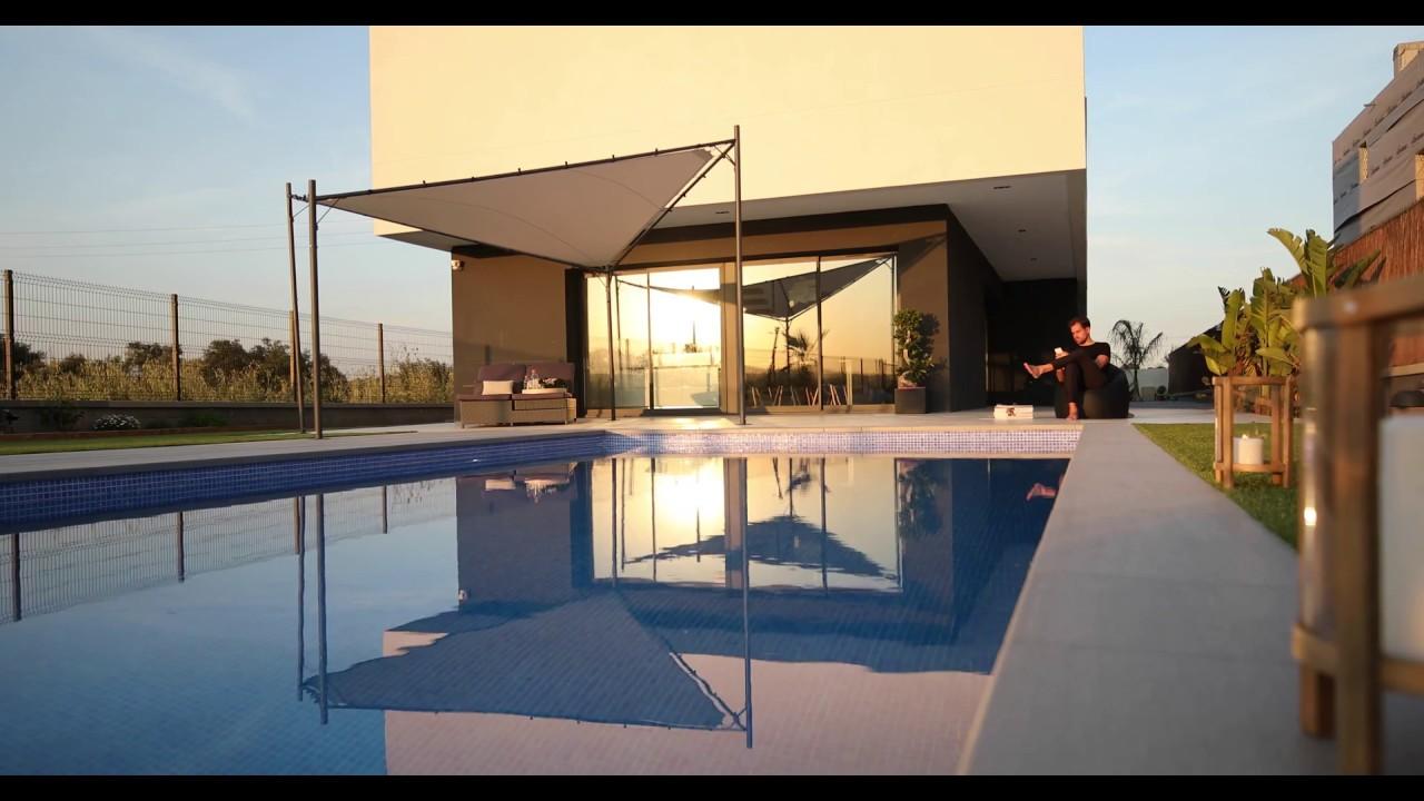 Casa de lujo en barcelona dise o a medida casas inhaus - Casas modulares de lujo ...