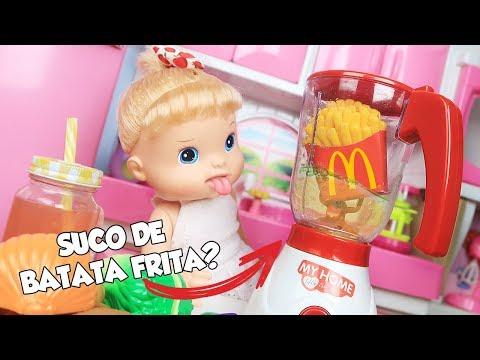 BABY ALIVE MALU FAZENDO SUCOS ESTRANHOS NA COZINHA DE BRINQUEDO - Lilly Doll
