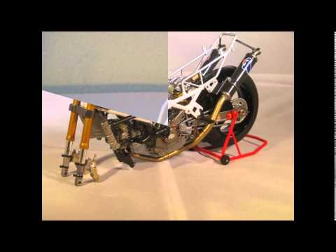 The Ducati 888 superbike racer scale 1/12