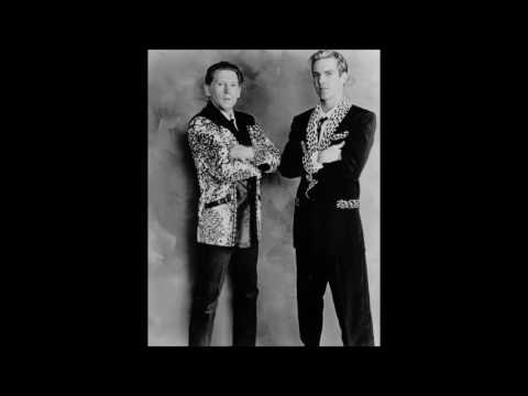 Jerry Lee Lewis and Dennis Quaid - Crazy Arms - audio only.