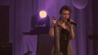Demi Lovato (12 year old girl) - Every Time You Lie LIVE 2010 HD